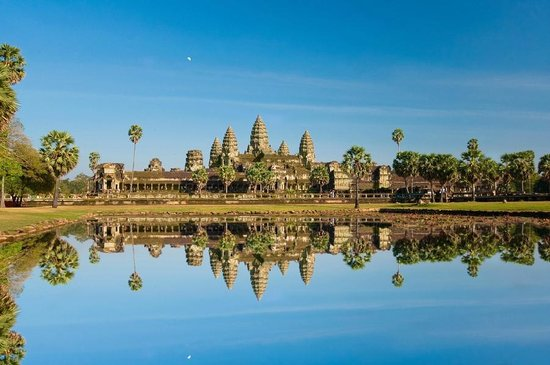 Top 10 Reasons Why You Should Go On Cambodia Tour Before You Die
