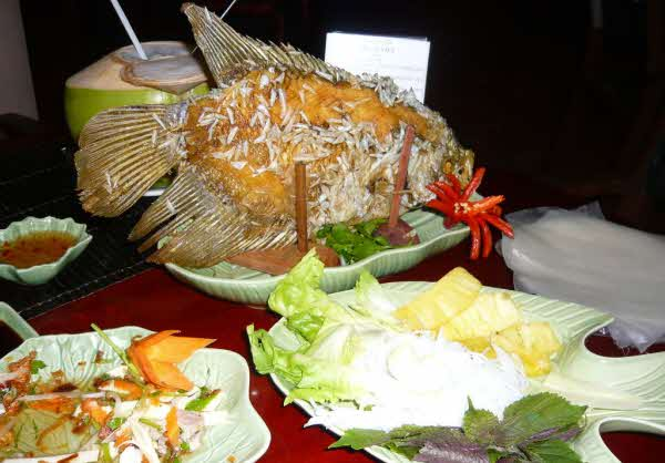 Vietnam Culinary Packages offer you enjoy all the real Vietnam's local food!